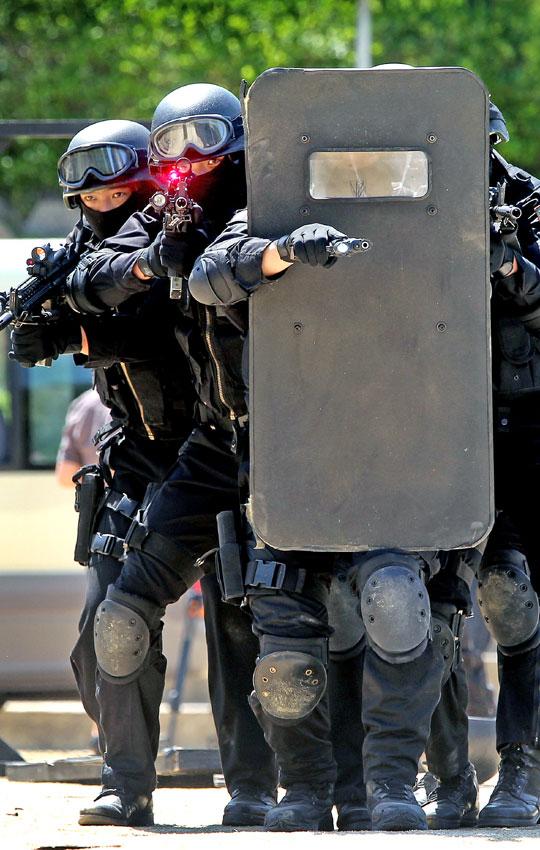 写真】G20首脳会議対応テロ訓練 ...