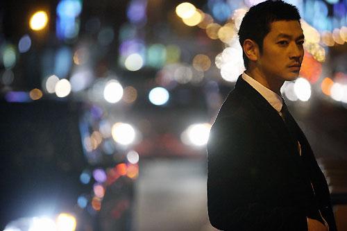 外信記者が選ぶ「今年の男性歌手賞」を受賞したボビー・キム。