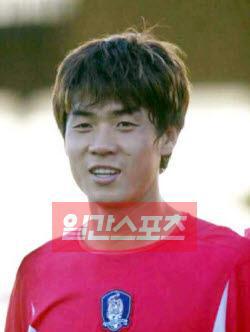 日本J2リーグのサガン鳥栖の尹晶煥(ユン・ジョンファン)首席コーチが13日、監督に就任した。