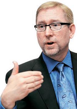 ジョエル・エワニックGMグローバルマーケティング総責任者(CMO)。