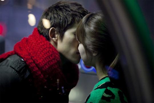 7日、KBS2TV「ドリームハイ」で公開されるMiss Aのスジと2PMのテギョンのキスシーン。