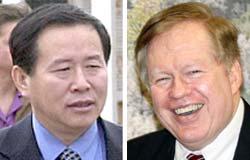 北朝鮮の韓成烈(ハン・ソンリョル)駐国連代表部次席大使(左)と米国務省のロバート・キング北朝鮮人権特使。