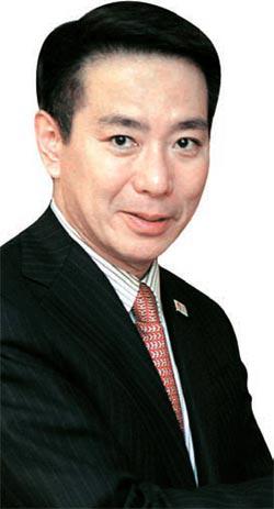 前原誠司外相(48)。