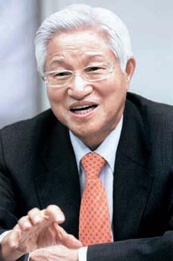 微生物によって福島第一原発の放射性物質を浄化させる内容の手紙を菅首相に送った国立果川科学館の李祥羲館長。