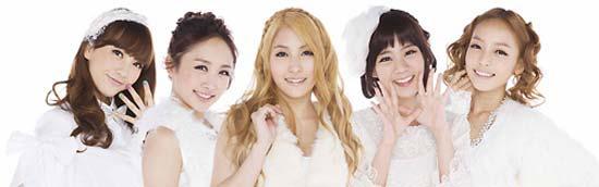 オリコンシングルチャートでトップに上がった5人組グループKARA。