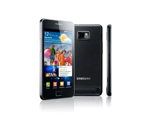 三星電子のスマートフォン「ギャラクシーS2」が28日、韓国をはじめ全世界で市販に入った。