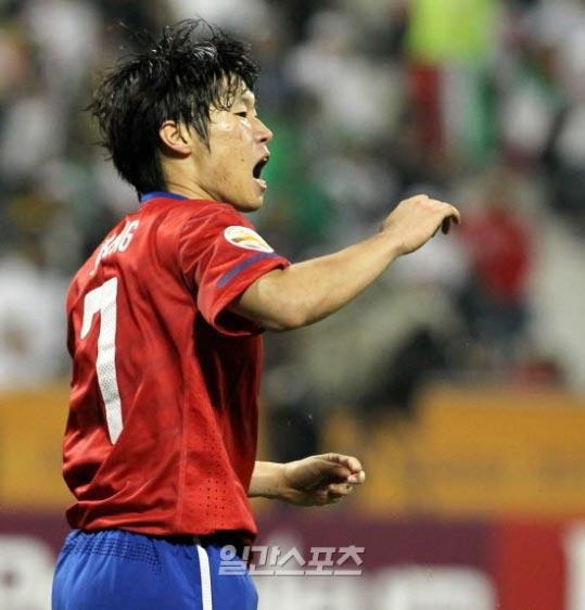 「2010-2011アジア選手ベスト10」で堂々と1位になった朴智星(パク・チソン、マンチェスター・ユナイテッド)。