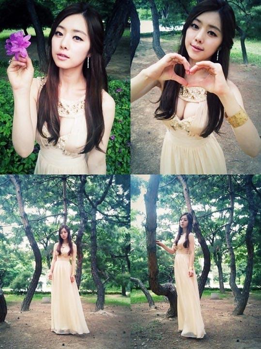 第47回百想芸術大賞で話題になったドレスで自分撮りした写真を公開した女優ホン・スア(写真=本人のツイッター)。