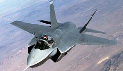米国が開発中の次世代ステルス戦闘機F-35。