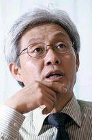 小説「金正恩統一戦争」の著者イ・ヨン氏。