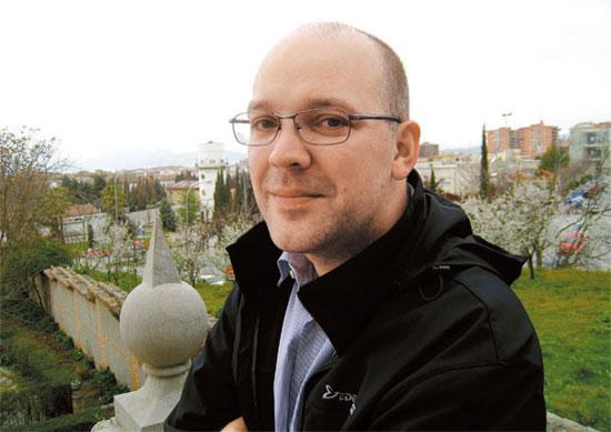 「外国人韓流第1世代」のカナダ人マーク・ラッセル氏。