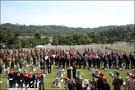 到着したのは海軍の戦没将兵が眠る区画。お話を伺ったところ、海軍のOB有志で結成するグループによる追悼行事とのこと。