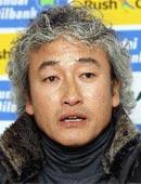 尚州尚武フェニックスFCのイ・スチョル監督。