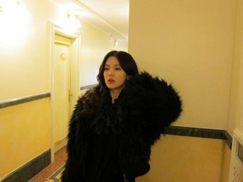 芸能企画会社のエデンナインとの契約が満了し、個人事務所の設立がささやかれている女優のソン・へギョ。