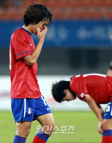 韓国は10日晩、北海道・札幌ドームで行われた日本戦で前半に1失点、後半に2失点し、0-3と崩れた。