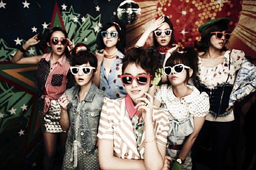 オーディション番組「グローバルスーパーアイドル」に合流するガールズグループ「T-ARA(ティアラ)」。