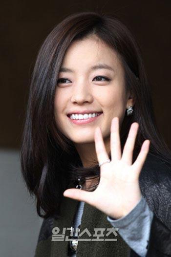 ユン・ソクホ監督の新作「愛の雨」(仮題)のヒロインの最有力候補に浮上した女優のハン・ヒョジュ。