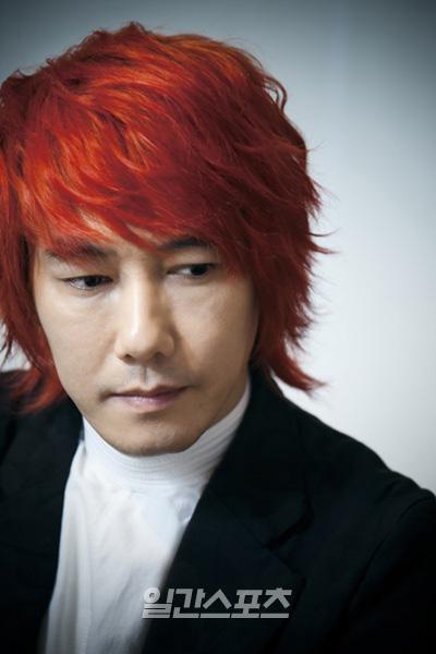 独島(トクト、日本名・竹島)専門サイト「トゥルース・オブ・トクト(TRUTH OF DOKDO)」をオープンした歌手キム・ジャンフン。