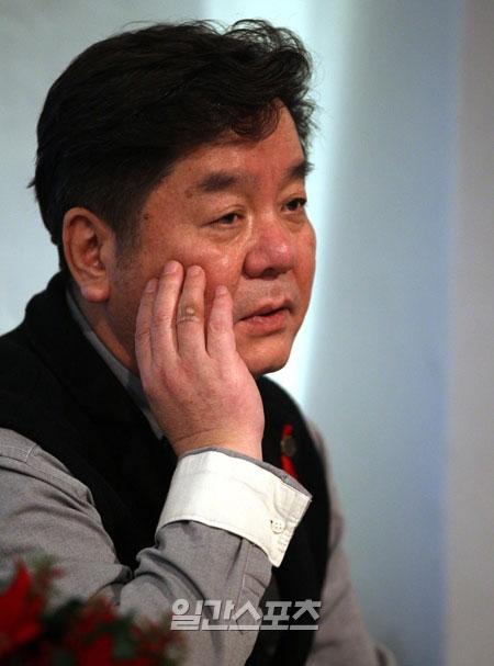 性上納疑惑が浮上した、ヨングアートムービーの代表のシム・ヒョンレ監督。