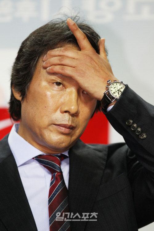 趙広来(チョ・グァンレ)韓国代表監督。