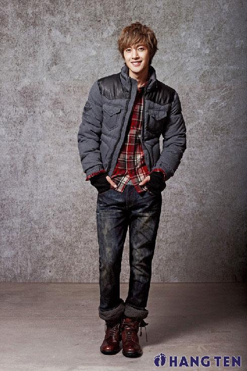歌手で俳優のキム・ヒョンジュン(写真=HANG TEN提供)。