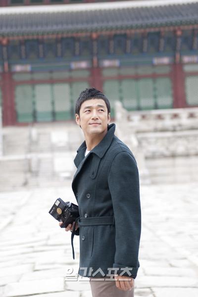 俳優チ・ジニ(写真=韓国観光公社提供)。