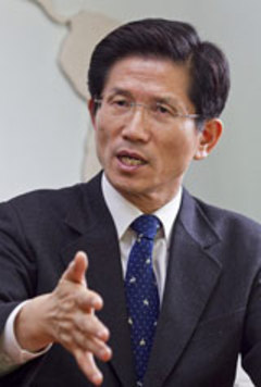 「オバマは賞を上げたのに…」京畿道知事の対応に韓国ネットユーザー非難「オバマは賞を上げたのに…」京畿道知事の対応に韓国ネットユーザー非難
