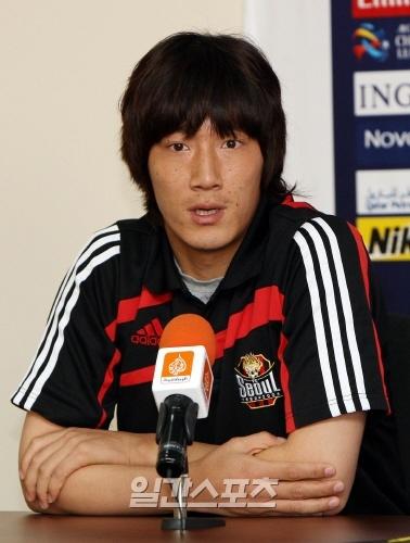 金珍圭(キム・ジンギュ、27)。