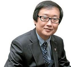 金昌経(キム・チャンギョン)教育科学技術部(教科部)第2次官(53)。