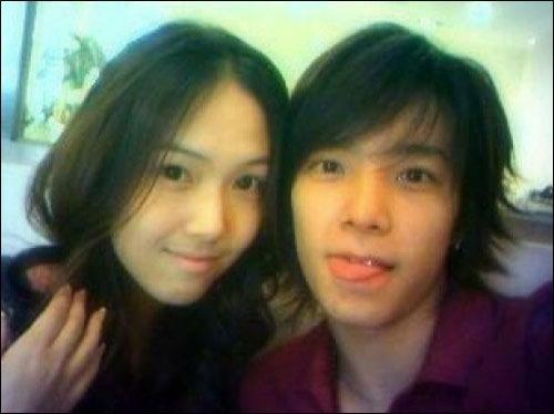 少女時代のジェシカ(左)とSUPER JUNIOR(スーパージュニア)のトンへの過去写真(オンラインコミュニティー)。