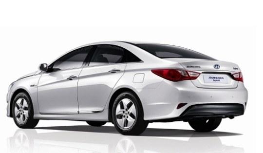 現代(ヒョンデ)自動車「ソナタ」のハイブリッド普及型モデル。