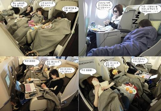 ガールズグループのT-ARA(ティアラ)の飛行機の中での姿(写真=コアコンテンツメディア)。