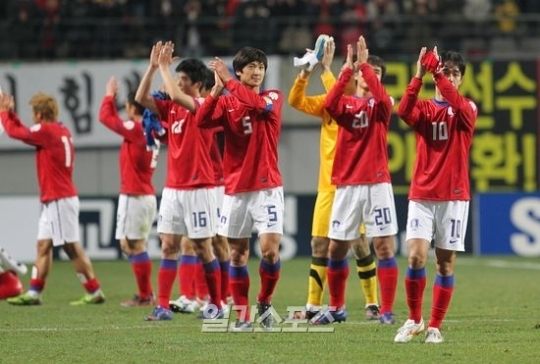 W杯最終予選の組み合わせ抽選は9日(日本時間)にマレーシア・クアラルンプールにあるアジアサッカー連盟(AFC)で行われる。