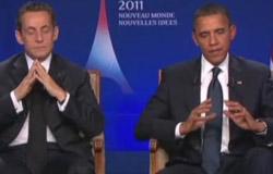 オバマ大統領(右)は昨年11月、主要20カ国・地域(G20)首脳会議でも、サルコジ仏大統領(左)とマイクを入れたまま対話をし、非難を受けた。