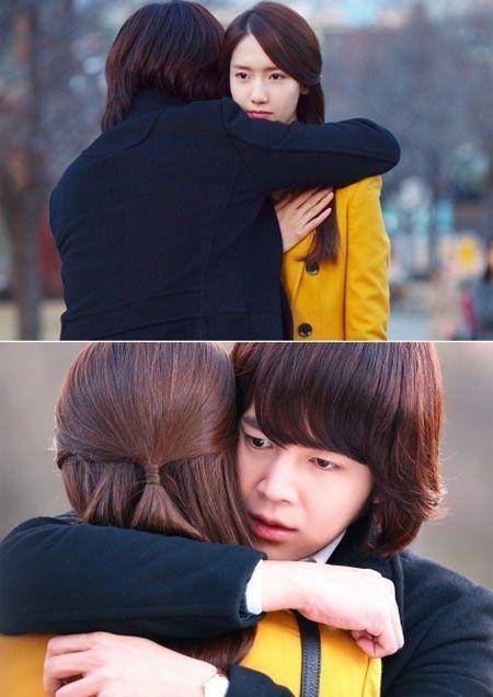 チャン・グンソクと少女時代のユナが主演のドラマ「ラブレイン」。