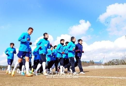 韓国W杯サッカー代表の選手たち。