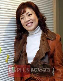 歌手のキム・ヨンジャ。