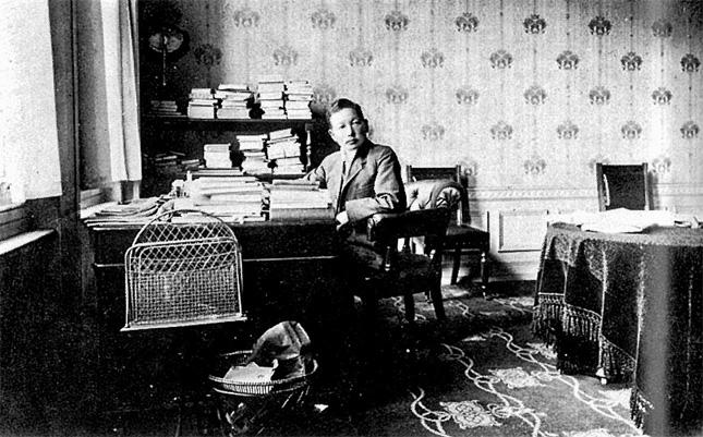 政務局長時代に執務室に座っている山座円次郎。山座は独島(ドクト、日本名・竹島)の日本領土編入、韓半島強制占領過程の先鋒に立った。[中央フォト]