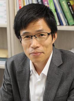コビルカ米スタンフォード大教授と3年間共同研究をした漢陽大のチェ・ピルソク教授(写真=漢陽大)。
