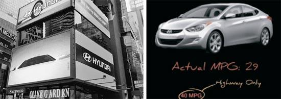 米国の中心地ニューヨークのタイムズスクエアに広告(右)をしながら米国市場でのシェアを拡大した現代自動車が燃費誇張という問題にぶつかった。左は現代「アバンテ」(米国名・エラントラ)の燃費が誇張されたという内容を盛り込んだ米消費者団体コンシューマーウォッチドッグのユーチューブ動画。