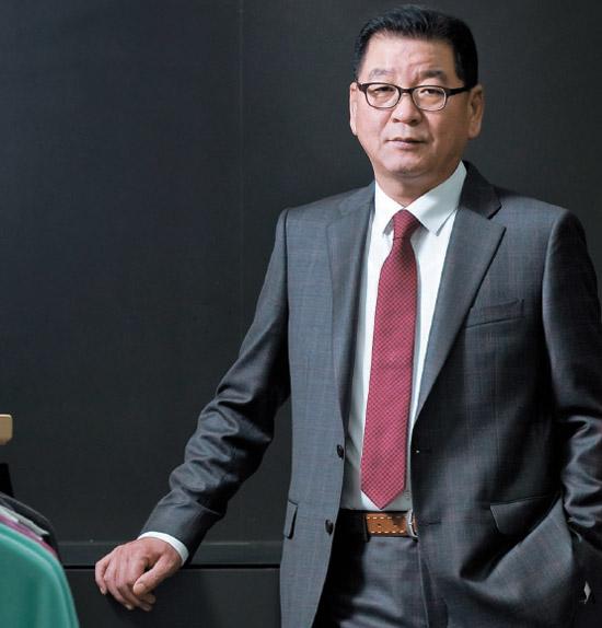 SPA「TOPTEN」ブランドを出した廉泰淳(ヨム・テスン)シンソン通商会長。今年の売上高1100億ウォン(約80億円)を目標に外国系SPAに挑戦している。