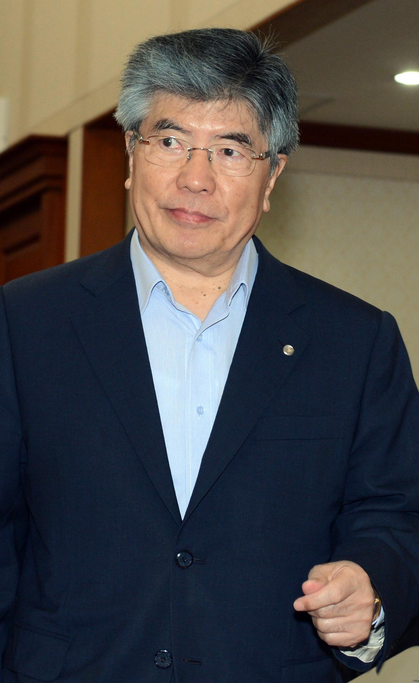 金仲秀(キム・ジュンス)韓国銀行(韓銀)総裁。