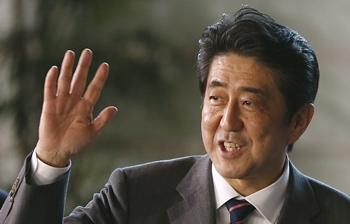 日本の安倍晋三首相。