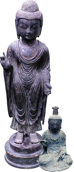 海神神社の「銅造如来立像」(左)と観音寺の「金銅観世音菩薩坐像」。
