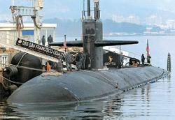 先月31日、鎮海基地に停泊中の原子力潜水艦「サンフランシスコ」。[写真=共同取材団]