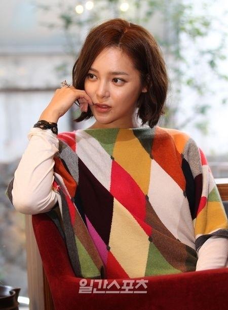 女優のパク・シヨン。