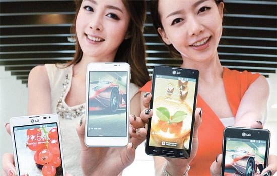 LG電子は25日(現地時間)開幕するMWC2013でLTEスマートフォン「Optimus Fシリーズ」を初めてリリースする。