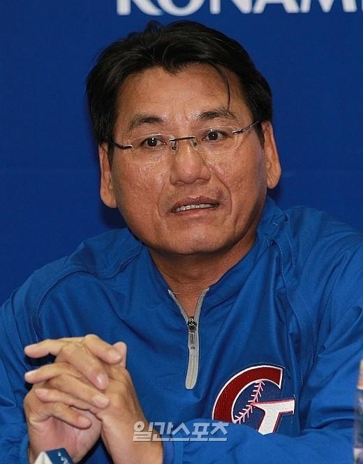 台湾代表の謝長亨監督