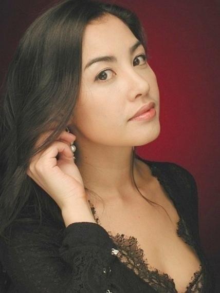 亡くなった女優のキム・スジンさん(38)。