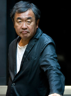 日本の建築家・隈研吾氏。